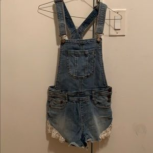 Overalls with lace